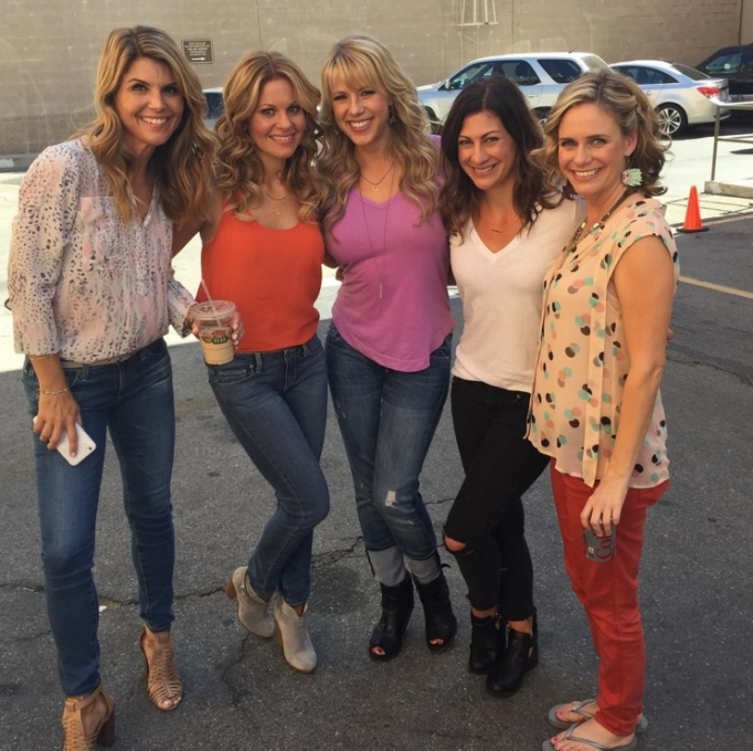 Lori Laughlin, Candace Cameron Bure, Jodie Sweetin, Melissa Coulier, Andrea Barber