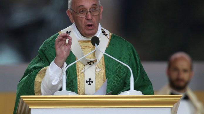 PHILADELPHIA, PA - SEPTEMBER 27: Pope