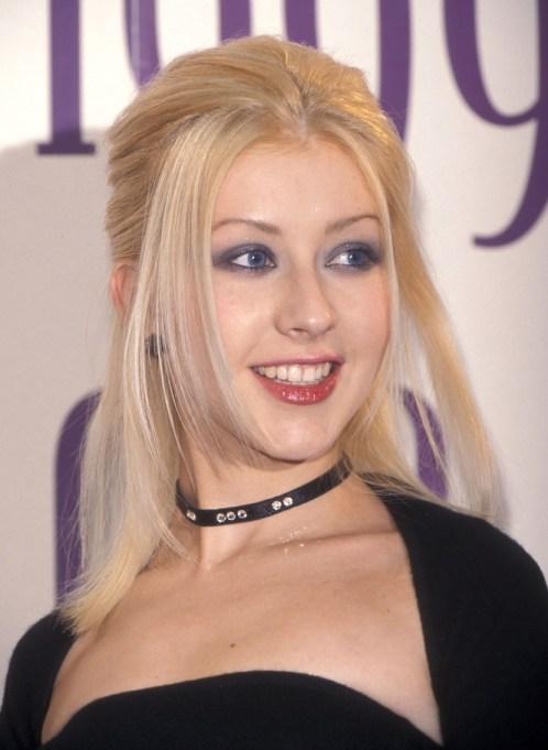 Christina Aguilera Thin Eyebrows
