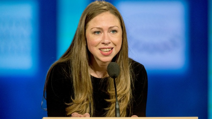 29 pictures of Chelsea Clinton growing