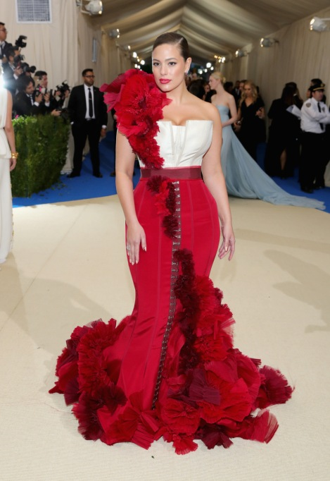 Non-Sample-Size Celebrities: Ashley Graham 2016 MET Gala | Celeb Fashion