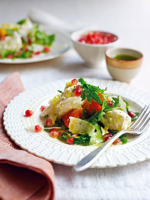 Yummy Winter Salads You'll Actually Crave   Mozzarella and Winter Fruit Salad