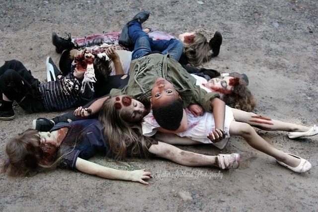 Children's Walking Dead photo shoot