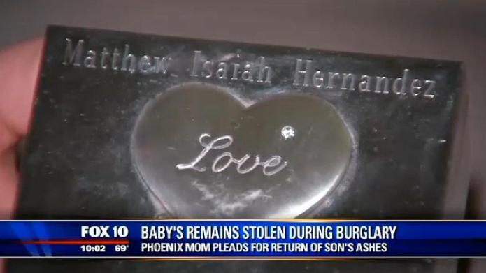 Cruel burglars steal baby's ashes, mom