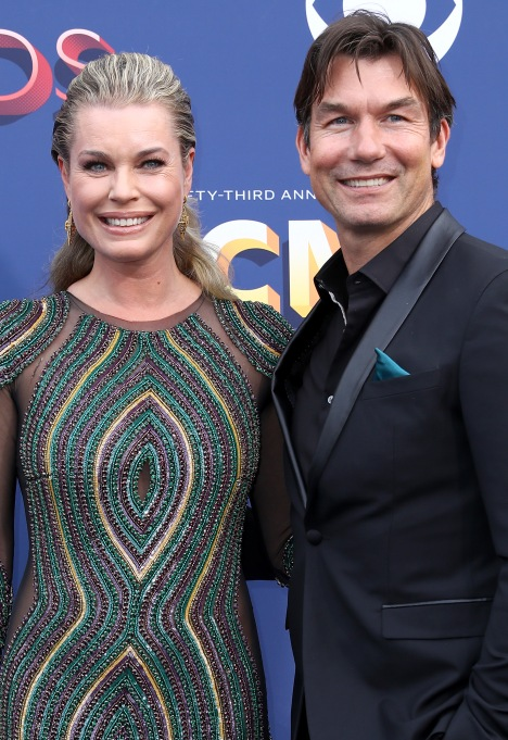 Rebecca Romijn and Jerry O'Connell Academy of Country Music Awards