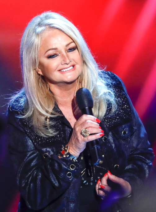 Bonnie Tyler performing 2016