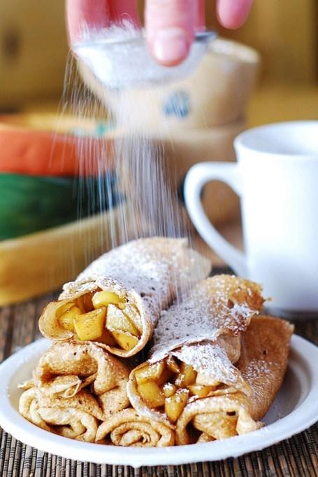 Easy Winter Breakfast Ideas | Apple Cinnamon Crepes