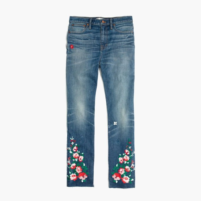 Cool Denim For Fall: Embroidered Boyfriend Jeans | Fall Fashion 2017