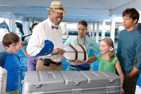 Dolphin Tale flipped the box office