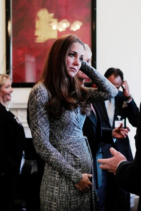 Kate Middleton maternity wrap dress