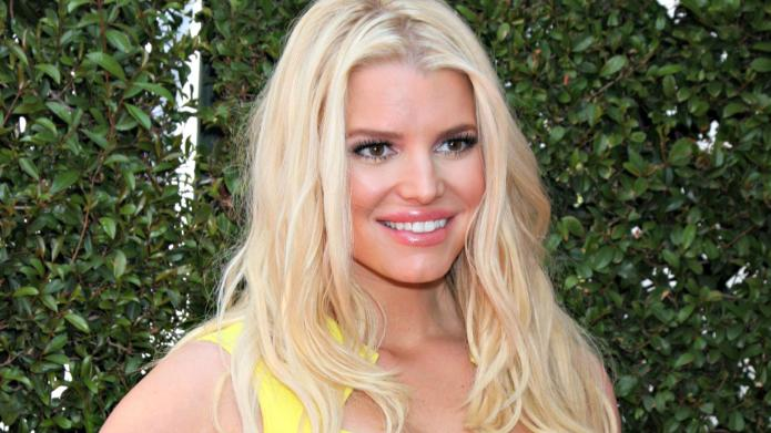 "Jessica Simpson boasts ""I understand Middle"