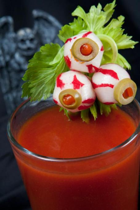 30 Halloween Cocktails & Mocktails That'll Take Your All Hallow's Eve to the Next Level: Bloody Mary