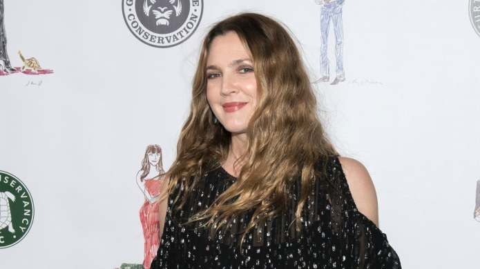 Drew Barrymore Posts a No-Makeup Selfie,