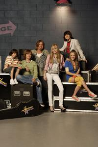 Hannah Montana goes out with record