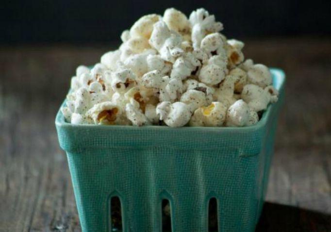 kid-snacks-sea-salt-and-vanilla-popcorn