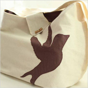 Unbleached canvas tote bag purse with bird detail
