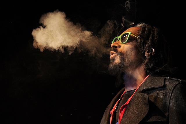 Celebs who love weed: Snoop Dogg