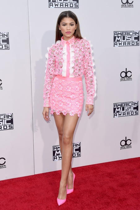 Zendaya's Killer Fashion Choices | Attending the 2015 American Music Awards