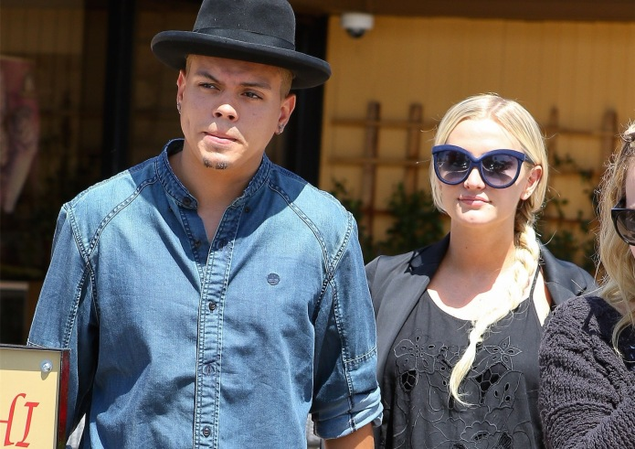 Ashlee Simpson's husband shows just what