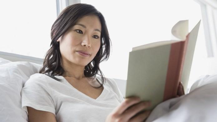 6 Reasons reading before bed may