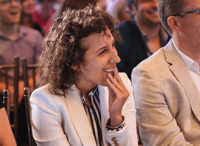 Rachel Tipograph at an event