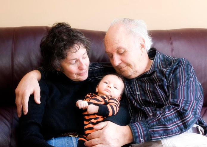 10 Ways grandparents destroy your parenting