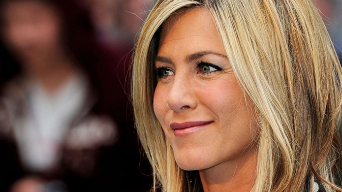 $5 Product Jennifer Aniston's Makeup Artist