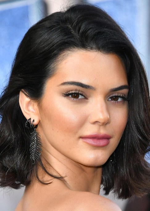 Celebrity-Inspired Ways to Wear Pink Lipstick | Kendall Jenner in pink lipstick | Celeb Style Trends 2017