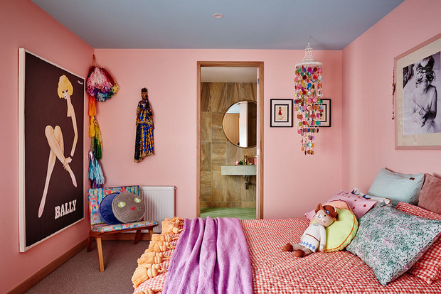 Bedroom With Pink Walls With Blue Ceiling