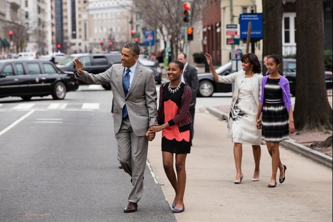 obama-family-easter-2013