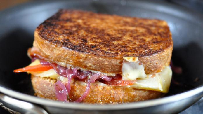 3 Game-changing grilled cheese sandwich hacks