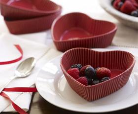 Heart dessert dish