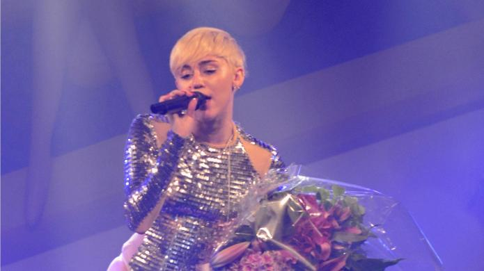 Miley Cyrus takes out breakup anger