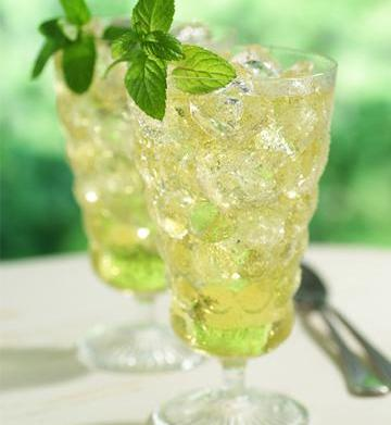 4 Refreshing, flavored iced tea recipes