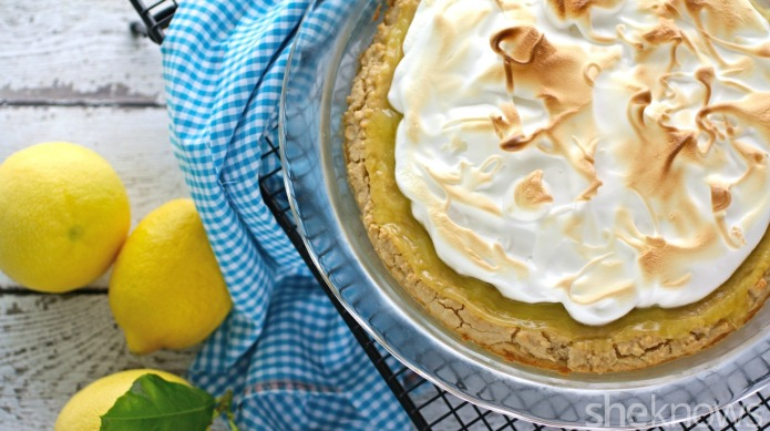 Gluten-Free Friday: Lemon meringue pie with