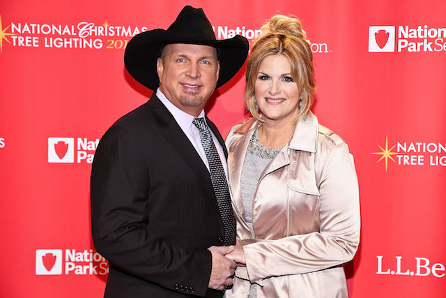 Garth Brooks & Trisha Yearwood pose for a photo backstage at the 94th Annual National Christmas Tree Lighting Ceremony
