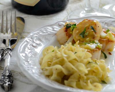 Mustard sea scallops with tarragon