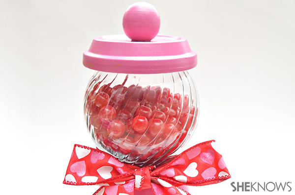 Valentine's Day candy dish | Sheknows.com - step five
