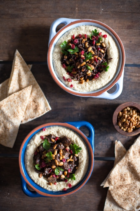 One-pot summer meals | Hummus topped with spice beef