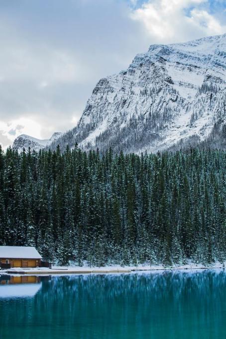 Picture-Perfect Winter Destinations: Banff, Canada