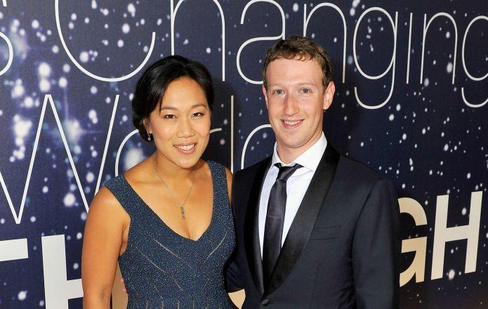 Mark Zuckerberg's pregnancy announcement packs a