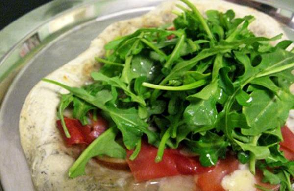 Tonight's Dinner: Arugula Pear Pizza