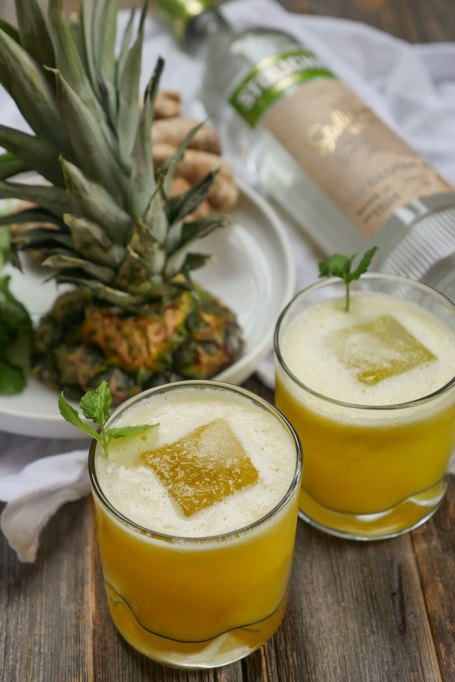 Spicy pineapple cocktail
