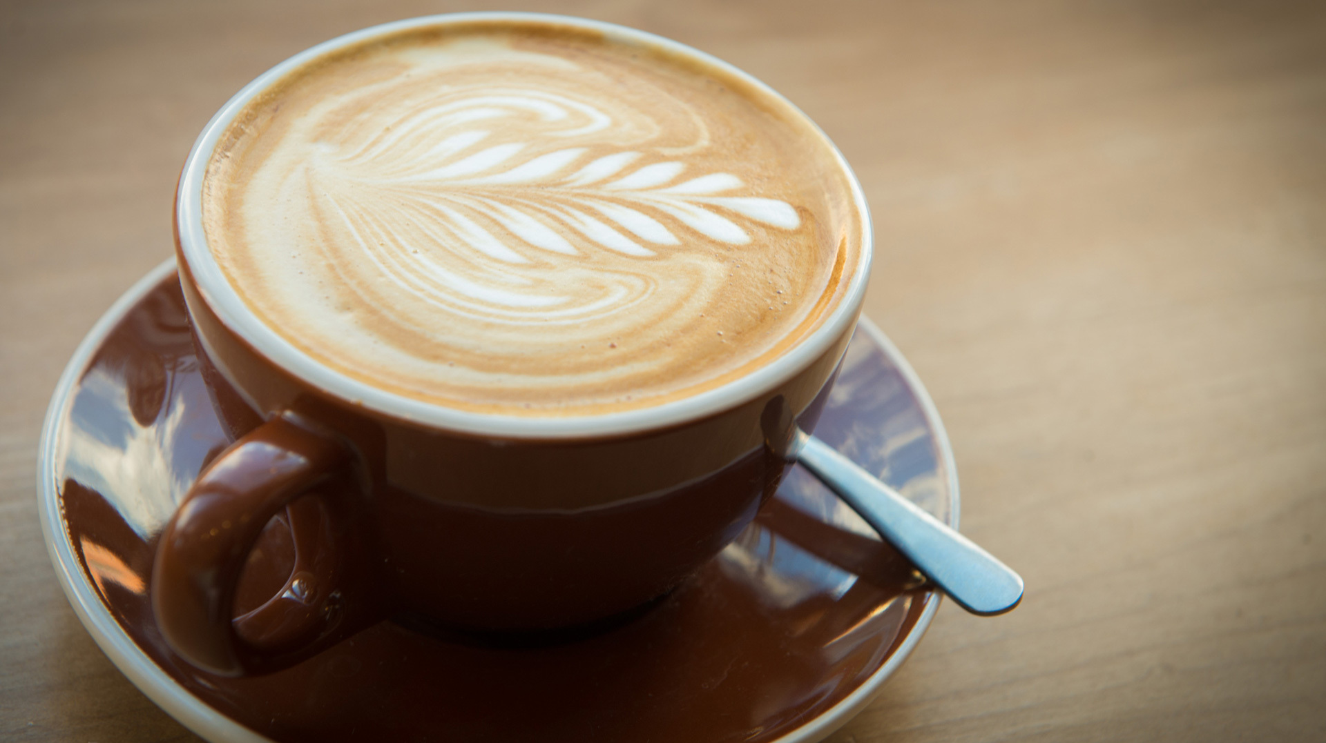 How a caffeine addict quit coffee once and for all – SheKnows