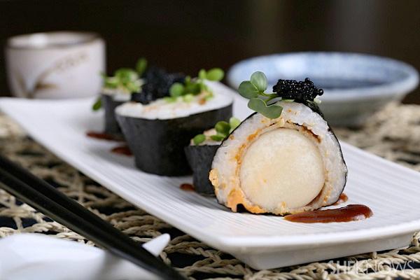 Spicy vegan 'scallop' roll