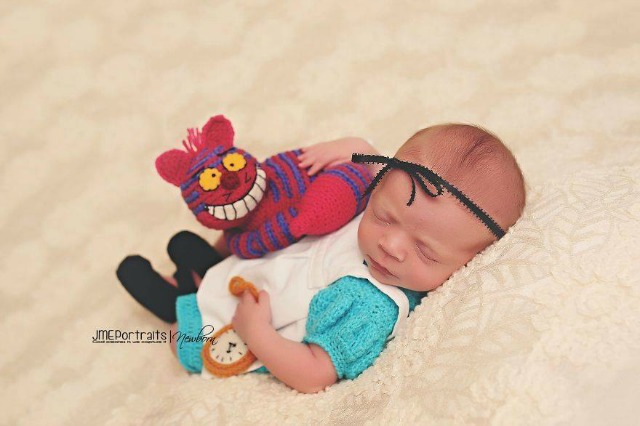 Beautiful photographs of babies based on characters from books, comics, film and TV