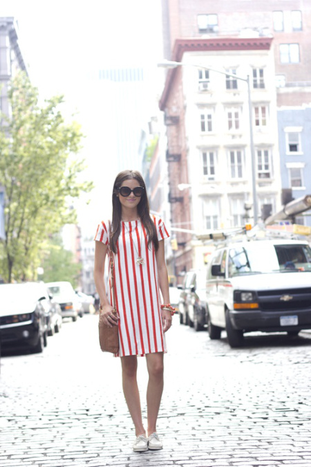 Rock out with vertical stripes.