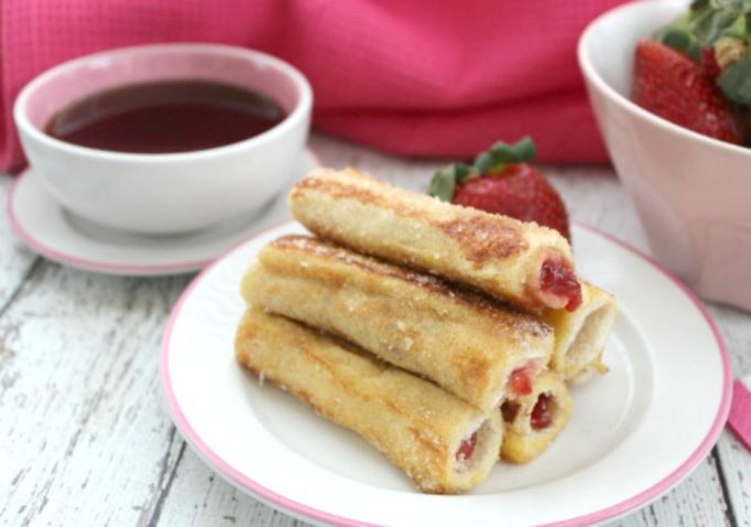 toddler-meals-french-toast-roll-ups