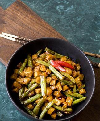 Tofu and Green Bean Stir-Fry
