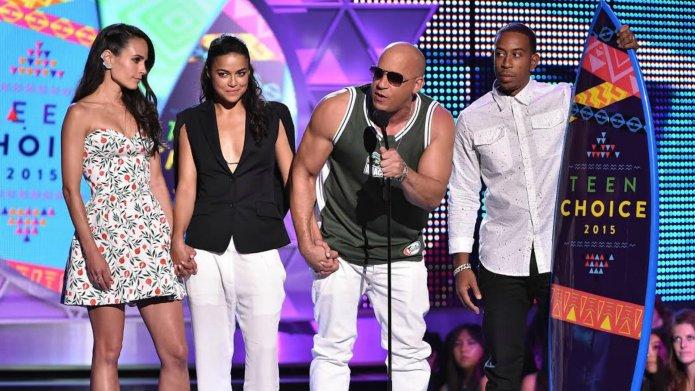 Teen Choice Awards: Vin Diesel gives